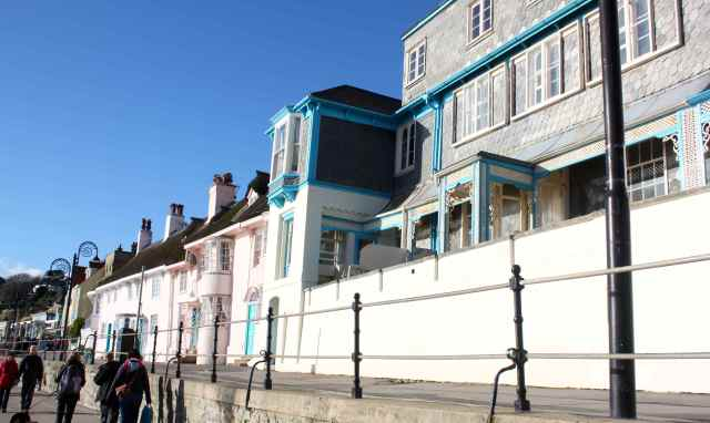 seafront houses in Lyme