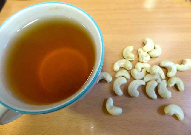 green tea and cashews