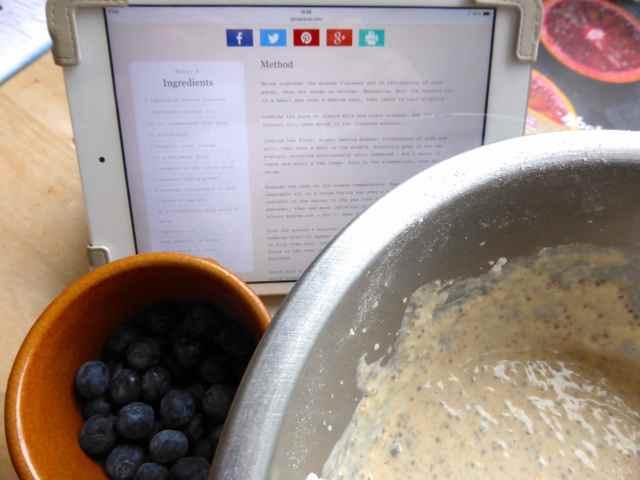 making blueberry pancakes