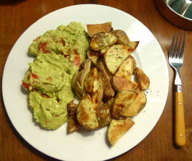 potatoes and guac'