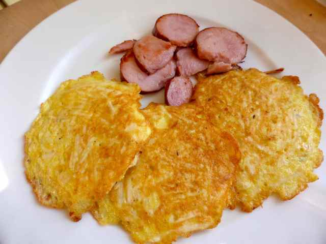 rosti and garlic sausage