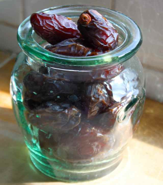 dates in jar