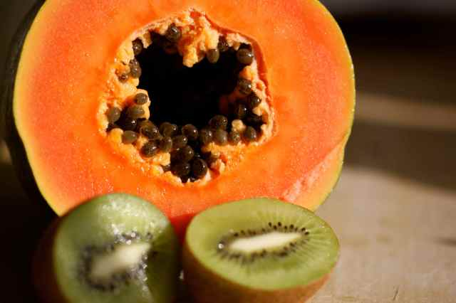 papaya with seeds