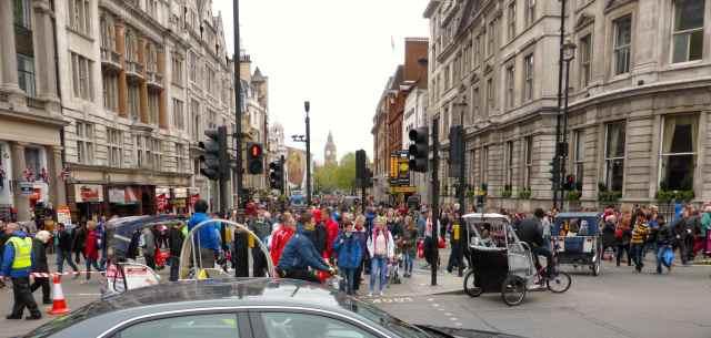 marathon crowds
