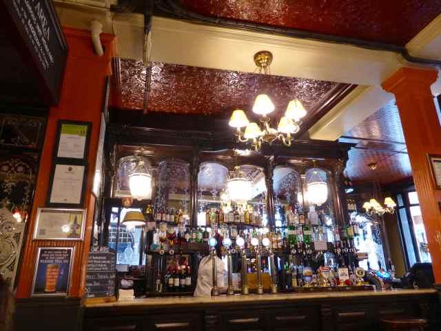 Salisbury bar