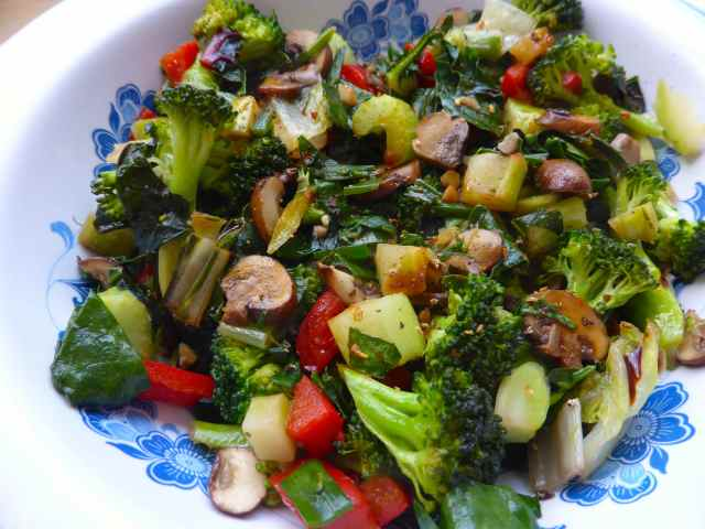 stir fry veg in bowl