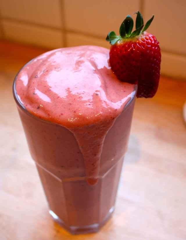 strawberry smoothie 2-4-15
