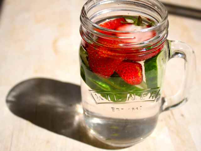 water with strawbs and cuc