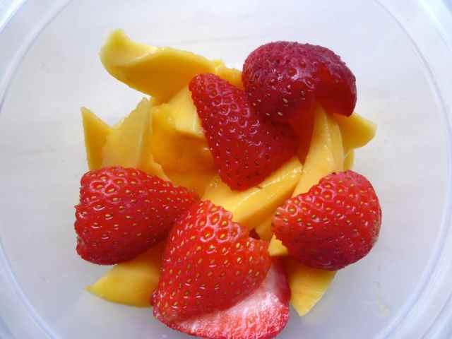 mango and strawbs