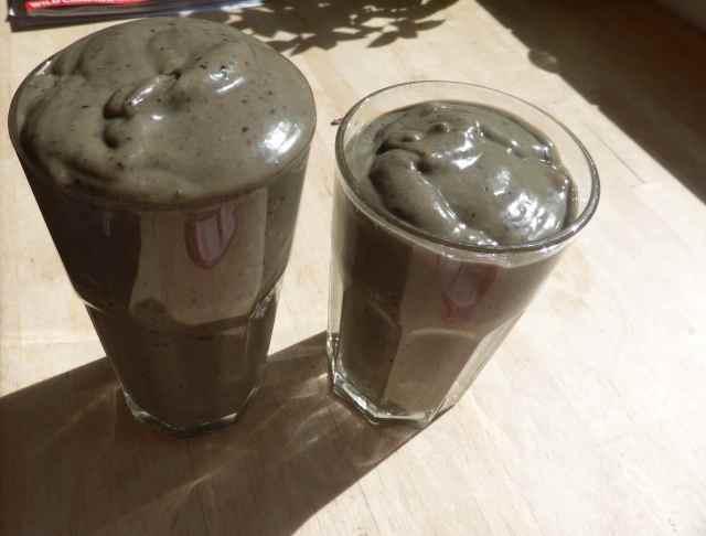 2 grey smoothies