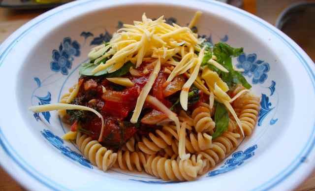 pasta and kale sauce