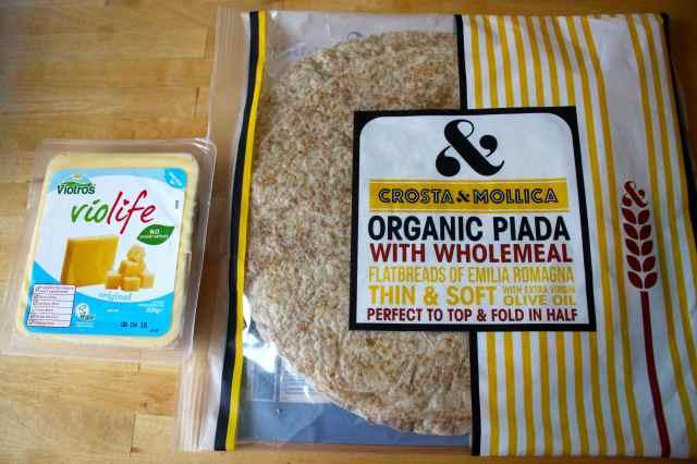 Piada and vegan cheese