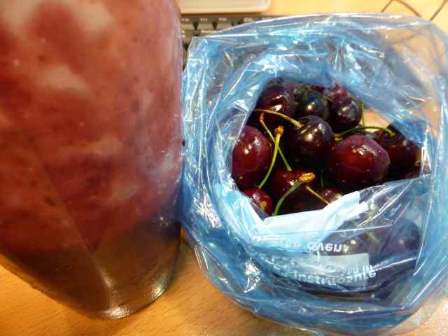 smoothie and cherries