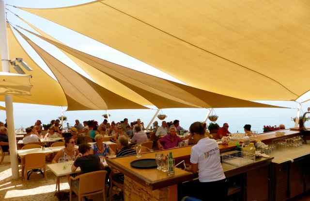Fortaleza da Luz dining area
