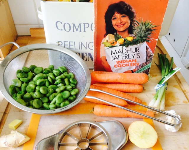 Lose weight and gain health a food lovers quest to lose weight and for lunch we had 2 curries cauliflower with onion and tomato and carrots peas and potatoes flavoured with cumin i used yellow tomatoes hence the final forumfinder Gallery