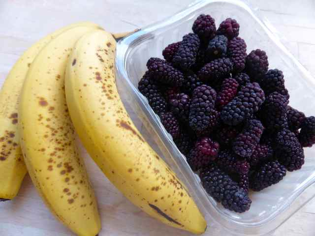 banana and blackberries