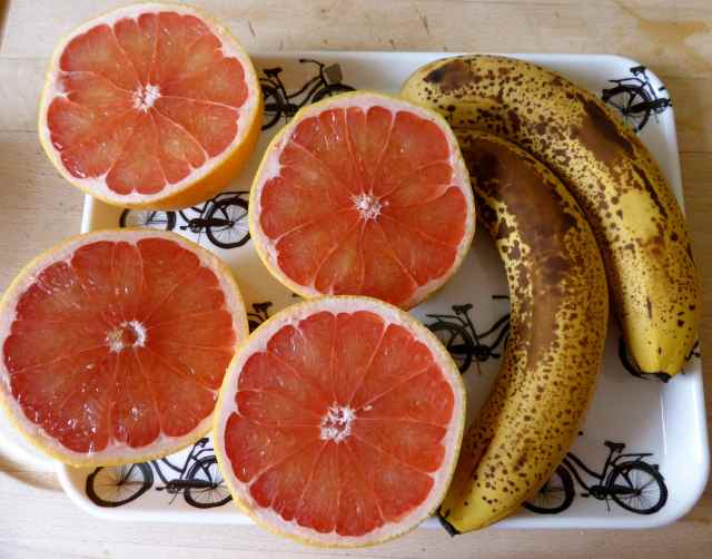 grapefruits and bananas