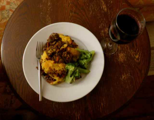 shepherd's pie and broccoli