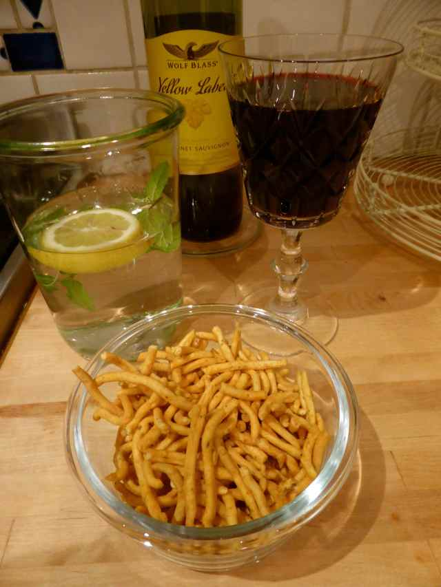 Bombay Mix red wine