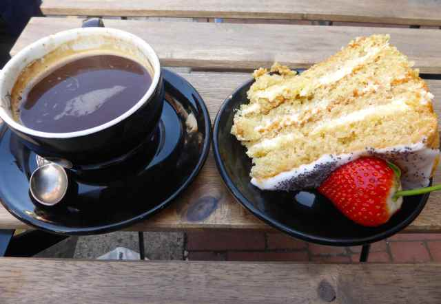 coffee and lemon sponge